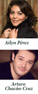 Ailyn P�rez and Arturo Chac�n-Cruz